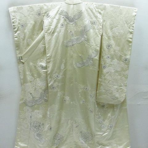 白無垢は高く売れる!買取相場が高い素材や人気の種類は?